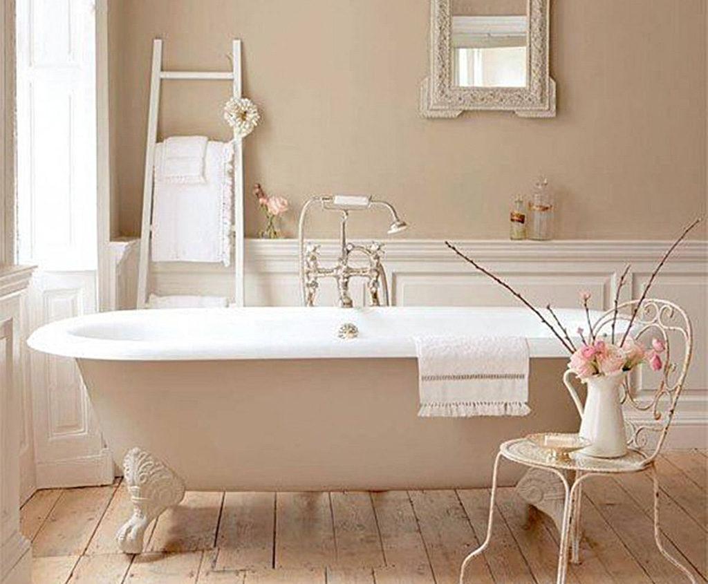 Arredo bagno in stile shabby chic idee e tendenze allecta for Arredo bagno in stile provenzale